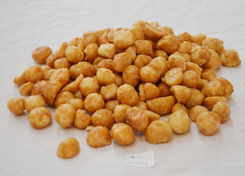 Honey Coated Organic Macadamia Nuts